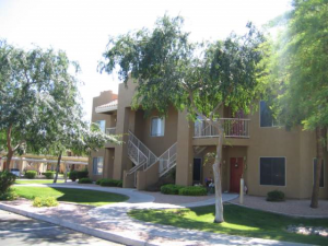 Phoenix Arizona Apartment Complex: Allegro At Foothills Gateway